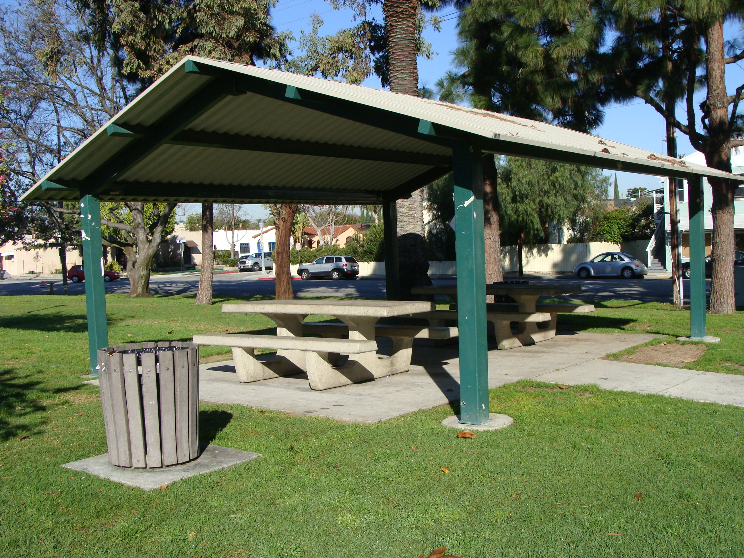 Outdoor shelter at Reservoir Park